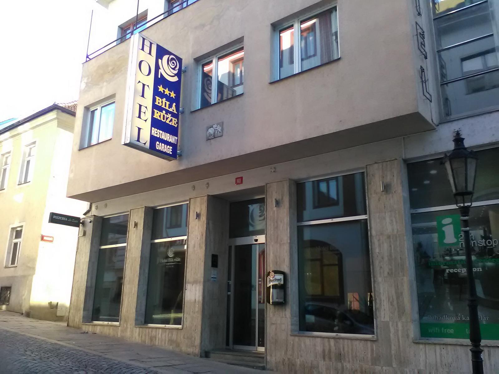 White Rose Hotel in Pisek